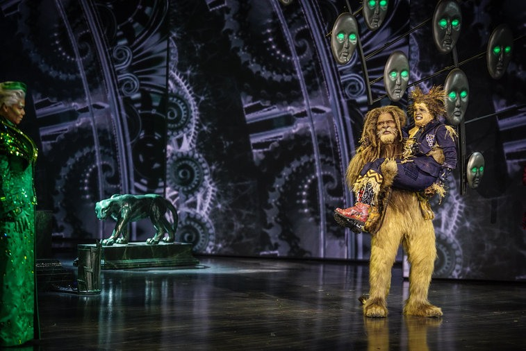 The Cowardly Lion and the Scarecrow